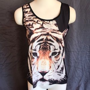 Buckle Size M Tank Top
